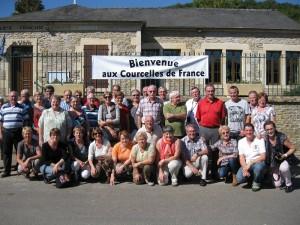 Le groupe devant la salle communale