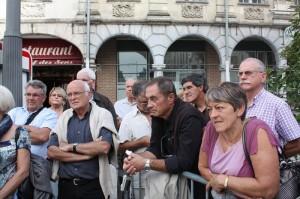 Guide sur la place d'Arras